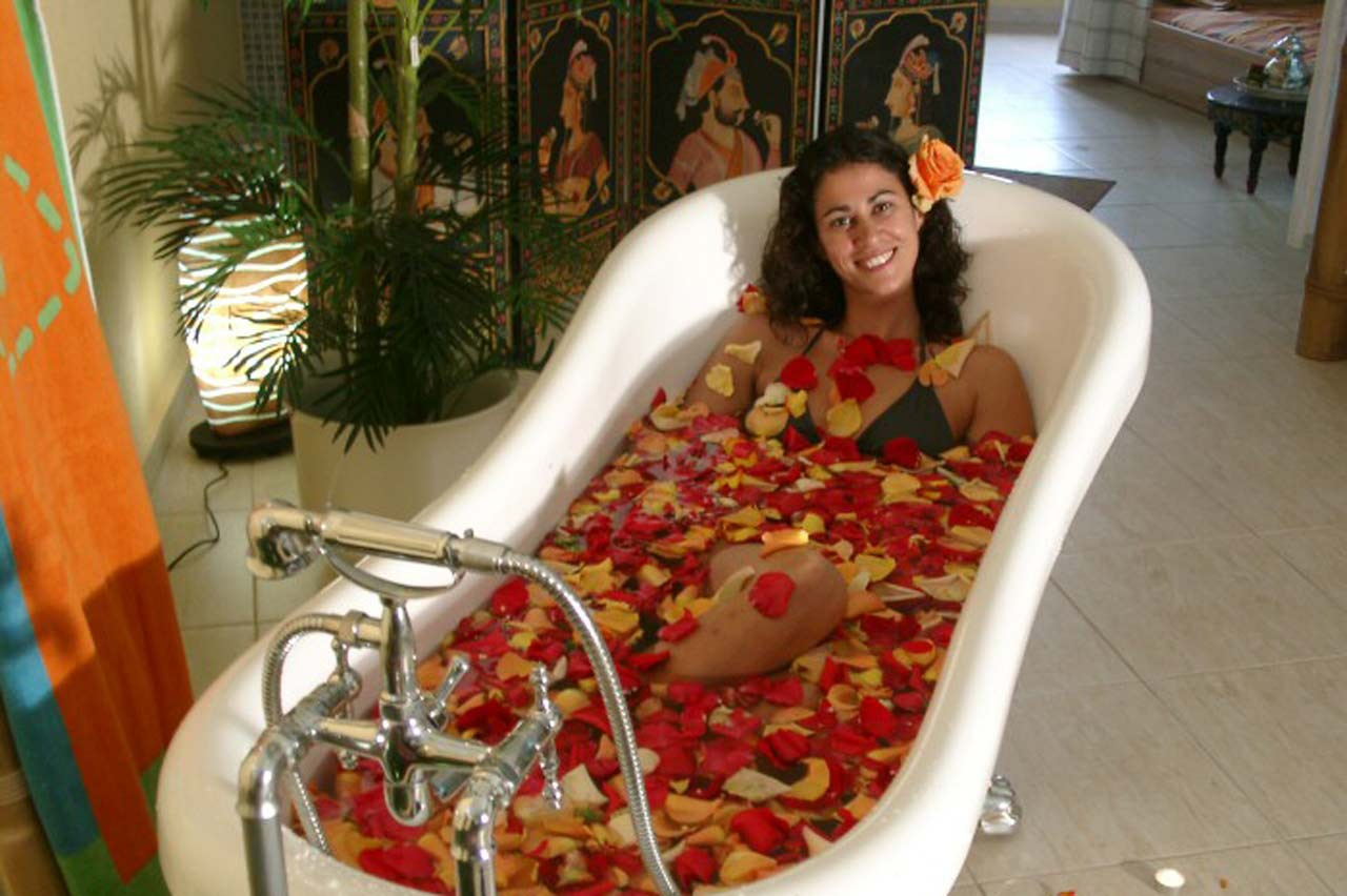 Treatment: Flower Bath